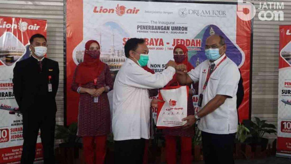 Lion Air Resmikan Penerbangan Pertama Umroh 1442 H