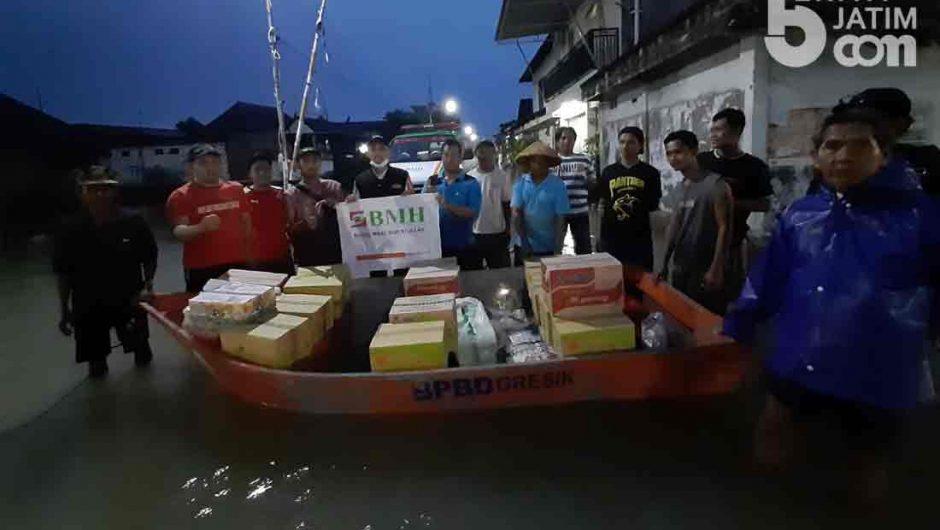 Laznas BMH Kirim Bantuan untuk Korban Banjir Benjeng Gresik