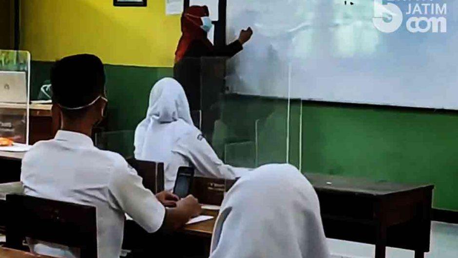 20 Sekolah di Banyuwangi Terapkan Pembelajaran Tatap Muka Terbatas