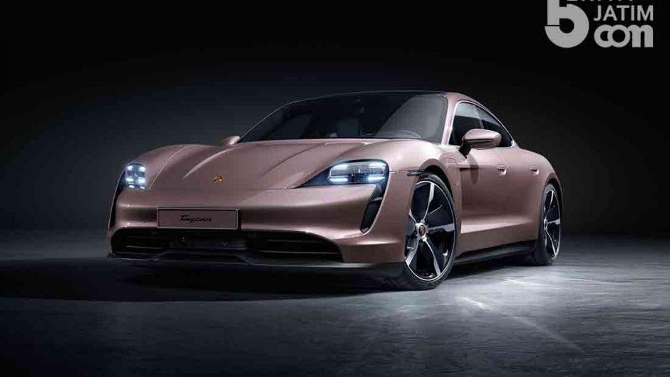 Ngintip Aksi Sedan Sport All-electric Varian ke-4 Porsche